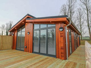 Otter Lodge photo 1