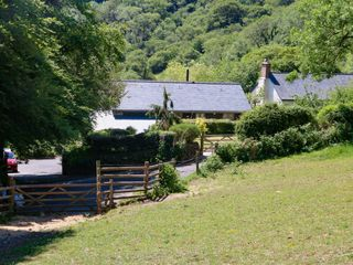 Higher Bumsley Barn - 1046399 - photo 2