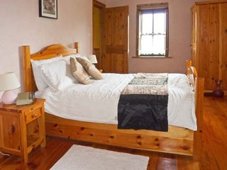 Rusheen Cottage - 10483 - photo 7