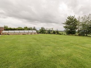 Lawn Farm Cottage - 1050419 - photo 30