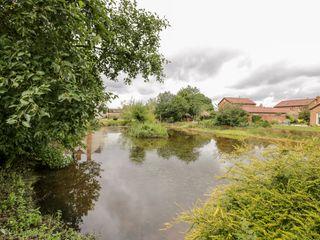 Lawn Farm Cottage - 1050419 - photo 33