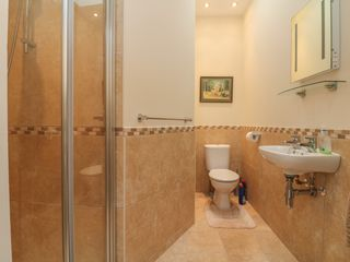 9 Cove View Apartments - 1052040 - photo 13