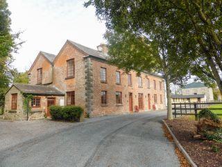 Hunter's Lodge photo 1