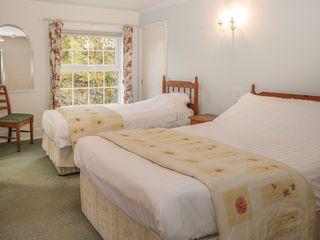 Rosehill Manor - 11281 - photo 52