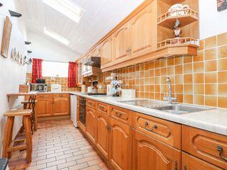 Hollyhedge Cottage - 12091 - photo 8