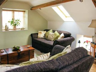 Upstairs Downstairs Cottage - 13914 - photo 2