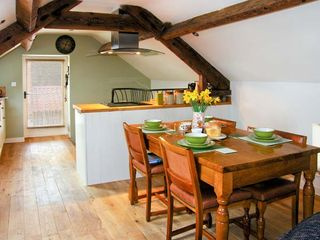 Upstairs Downstairs Cottage - 13914 - photo 8