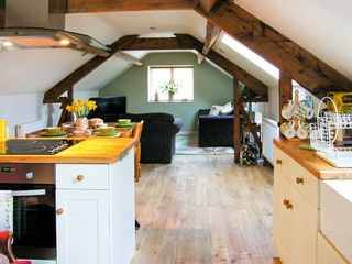 Upstairs Downstairs Cottage - 13914 - photo 7