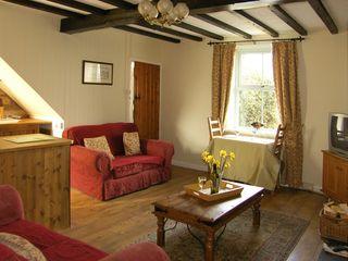 Harrogate Cottage - 1474 - photo 3