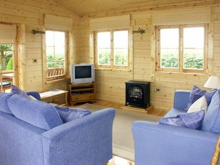 Thornlea Log Cabin - 1490 - photo 2