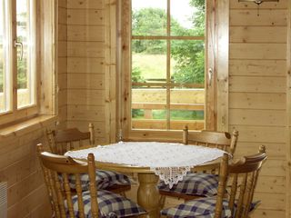 Thornlea Log Cabin - 1490 - photo 4