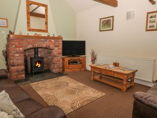 Little Argham Cottage - 23937 - photo 2