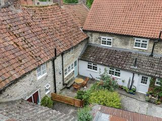 Beck Cottage - 24339 - photo 2