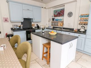 Canalside Cottage - 27990 - photo 6