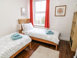 Canalside Cottage - 27990 - photo 8