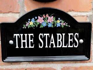 The Stable - 30530 - photo 2