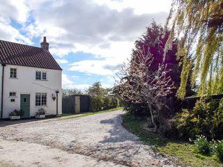 Heapfield Cottage - 3612 - photo 2