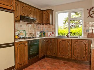 Paddy Staffs Cottage - 3688 - photo 6