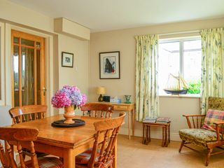 Paddy Staffs Cottage - 3688 - photo 4