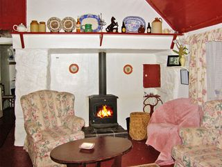 Carthy's Cottage - 3715 - photo 2