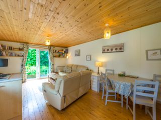 The Log Cabin - 6749 - photo 4