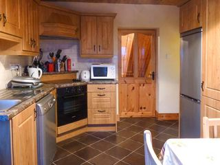 Clogher Cottage - 905820 - photo 3