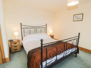 3 Bronwen Terrace - 914283 - photo 8