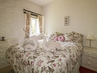 Wagtail Cottage - 915191 - photo 9