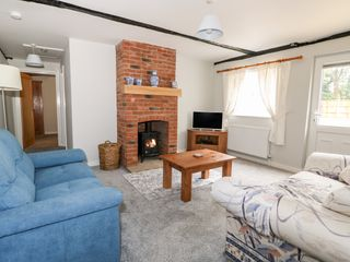 Hadleigh Farm Cottage - 915577 - photo 8