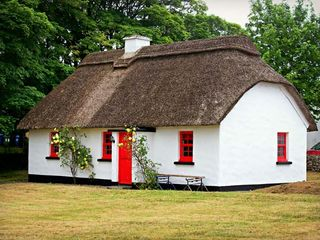 No. 7 Tipperary Thatched Cottages - 915742 - photo 8