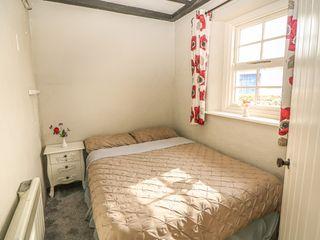 No. 11 Lough Derg Thatched Cottage - 915743 - photo 11