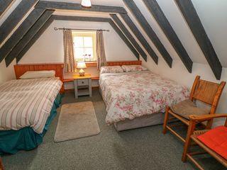 No. 11 Lough Derg Thatched Cottage - 915743 - photo 15