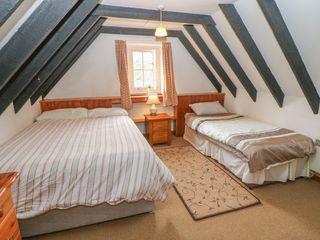 No. 9 Lough Derg Thatched Cottages - 916653 - photo 11