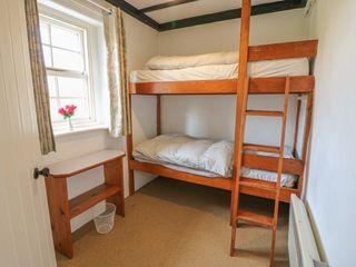 No. 9 Lough Derg Thatched Cottages - 916653 - photo 15