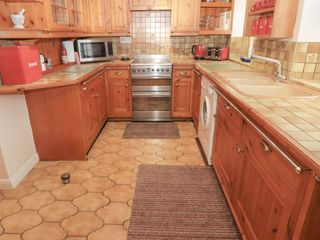 Middle Cottage - 917404 - photo 8