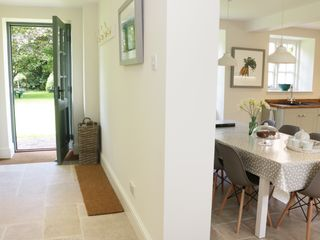 Rectory Cottage - 918874 - photo 9