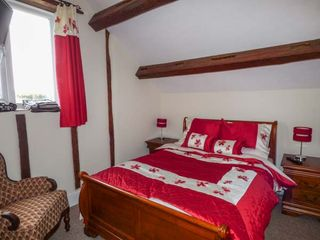 Upper Camnant Barn - 918935 - photo 9