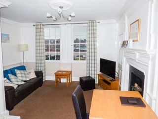 What a View at Quayside Apartment - 920191 - photo 3