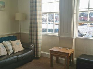 What a View at Quayside Apartment - 920191 - photo 4