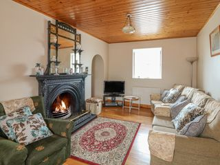 Ballykeeffe Farmhouse - 926122 - photo 3