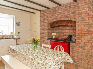 Ballykeeffe Farmhouse - 926122 - photo 5
