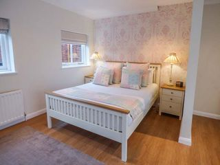 Walworth Castle Holiday Cottage - 927239 - photo 6