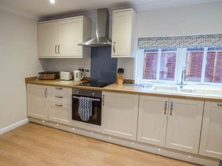 Walworth Castle Holiday Cottage - 927239 - photo 5