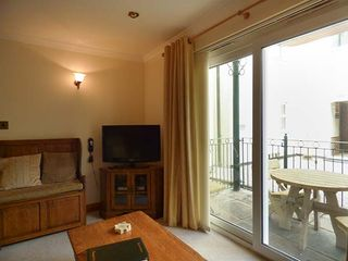 4 Beachcombers Apartments - 927396 - photo 3