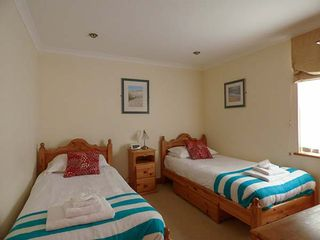 4 Beachcombers Apartments - 927396 - photo 7