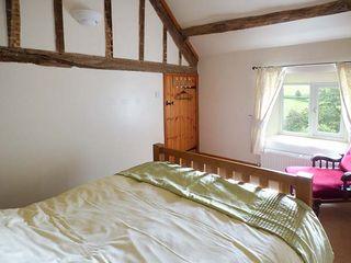Yew Tree Cottage - 928177 - photo 9