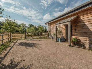 The Tractor Shed - 929789 - photo 3