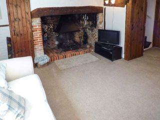 Phoebe's Cottage - 931624 - photo 2