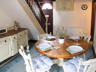 Primrose Cottage - 932081 - photo 5