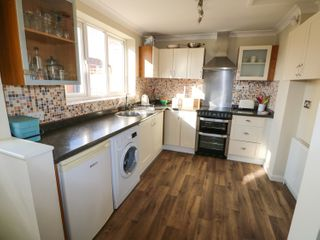 Easter Cottage 3 Hunstanton Road - 932351 - photo 5